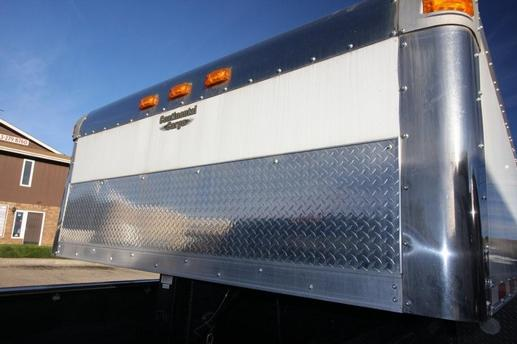 CONTINENTIAL CARGO 48' FRONT OF TRAILER WITH CHROME CAP AND ALUM TRIM